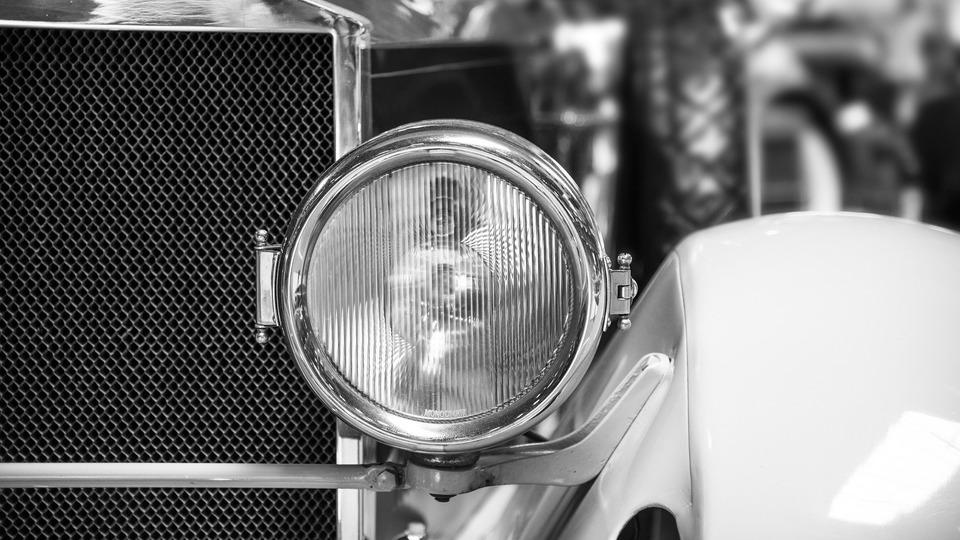 Кратка история на първия автомобил в България